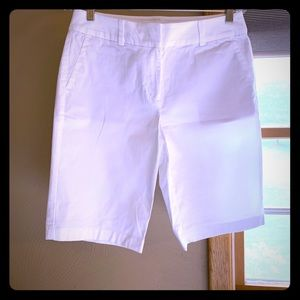 Ann Taylor, white, size 6, Boardwalk shorts